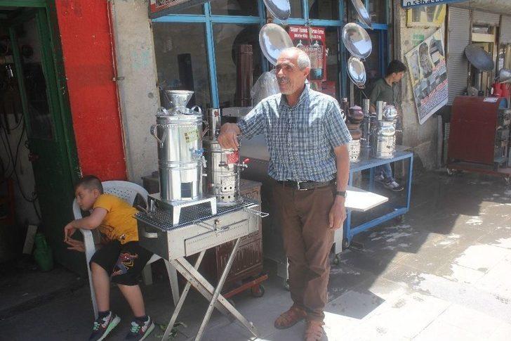 """35 Yıllık Ustanın İsyanı: """"hazır Semaver Ve Mangal Alıyorlar"""""""
