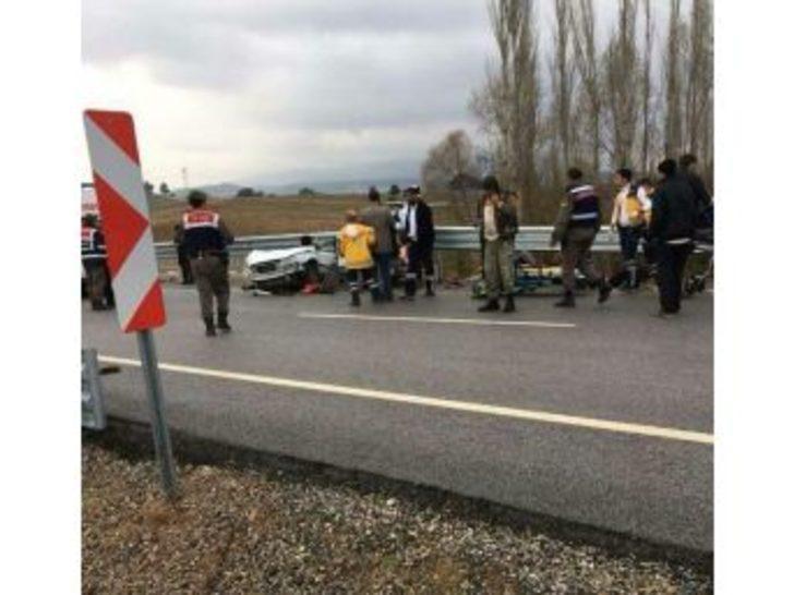 Kütahya'daki Trafik Kazasında Ölü Sayısı 2'ye Yükseldi