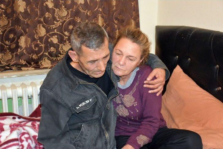 Acil Serviste Kalan Kanser Hastası Yaşlı Adam Ve Karısına Kaymakamlıktan Yardım Eli