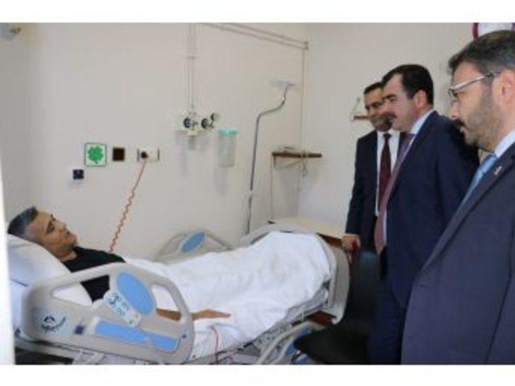 Erdem Ve Özmen'den Arslan'a 'geçmiş Olsun' Ziyareti