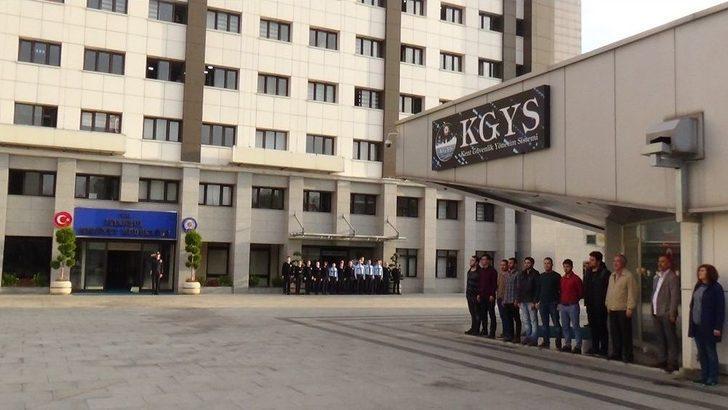 İstanbul Emniyetinde Ata'ya Saygı Duruşu