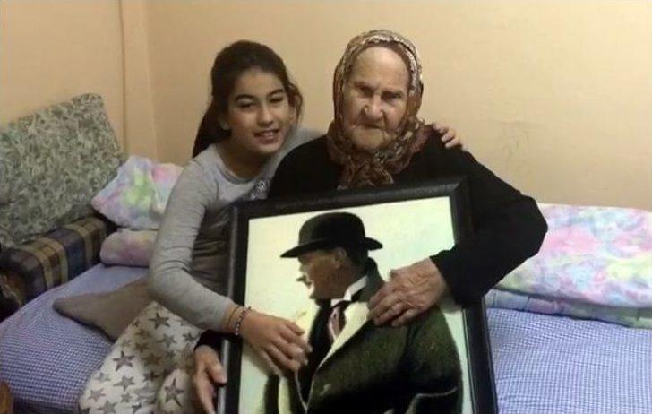 (özel Haber) Atatürk'ü 4 Kez Gören Ayşe Nine O Günü Anlattı