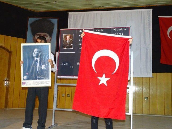 Özel Öğrencilerin Atatürk Sevgisi
