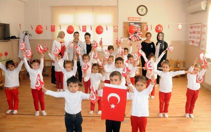 Şehitkamilli Minikler Atatürk'ü Andı