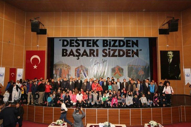 Sivas Belediyesi'nden Amatör Kulüplere Destek