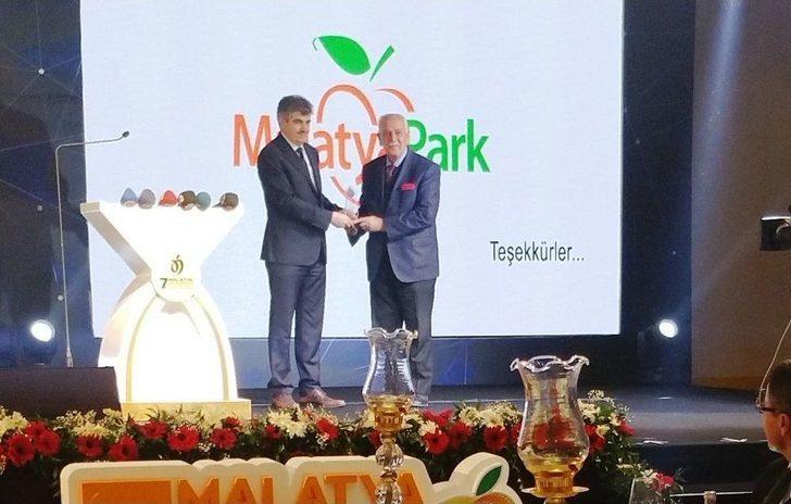 Film Festivali Sponsoru Malatya Park Plaket İle Ödüllendirildi