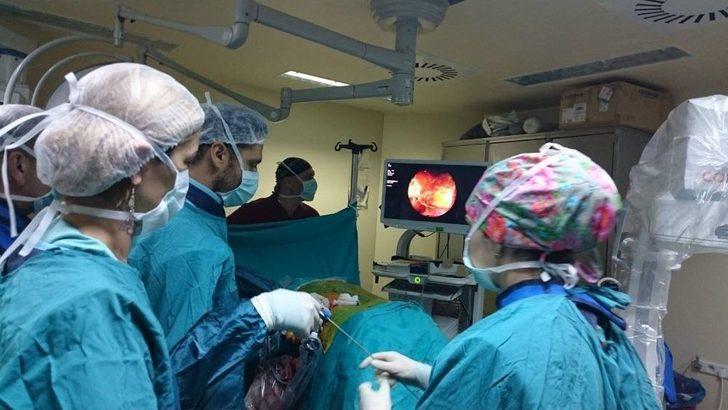 Alanya'da Kapalı Böbrek Taşı Ameliyatları Yapılmaya Başlandı