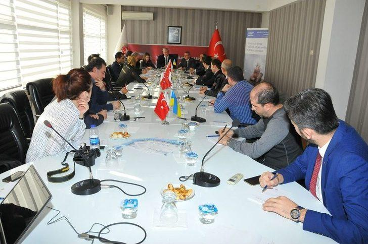 Büyükelçi Sybiha, Ukrayna'nın Yatırım Fırsatlarını İş Adamlarına Anlattı