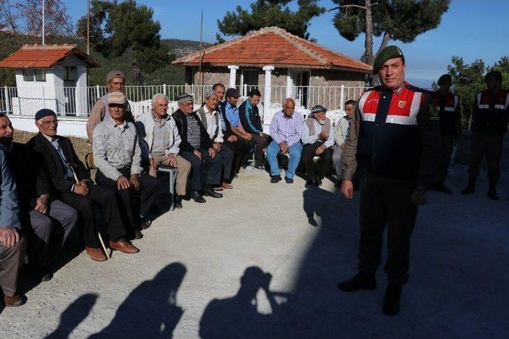 Yeniden Hizmete Giren Karakol Vatandaşları Ağırladı