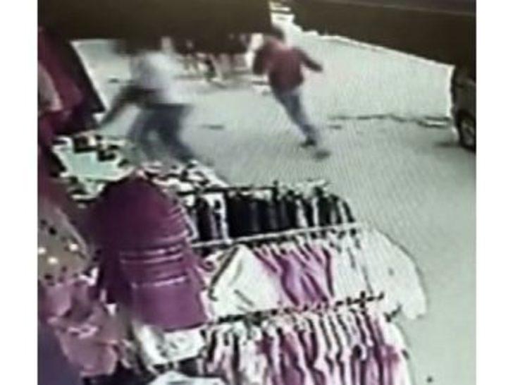 (özel Haber) Yanlış Sipariş Yüzünden Çıkan Silahlı Kavga Kamerada