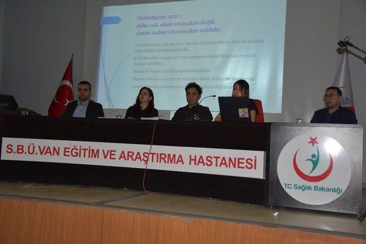 """Van'da """"acil Servislerde Etkili İletişim"""" Eğitimi"""