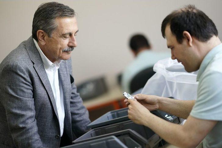 Başkan Ataç, Montaj Atölyesi'ni Ziyaret Etti