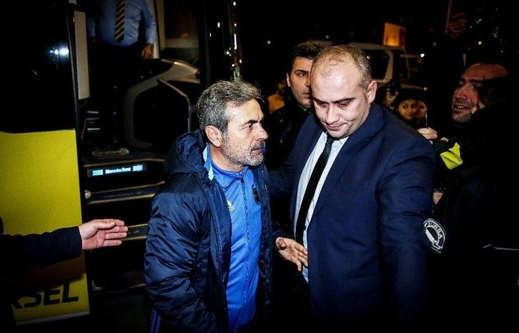 Fenerbahçe kafilesi Bursaya geldi 99