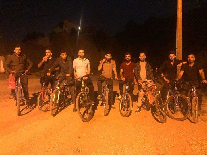 Şemdinli De İftardan Sonra Bisiklet Gezintisi