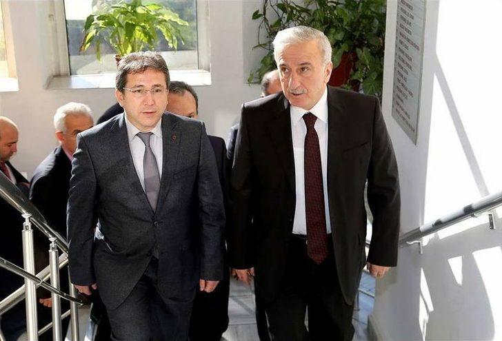 Vali Süleyman Kamçı, İl Sağlık Müdürü Benli'yi Ziyaret Etti