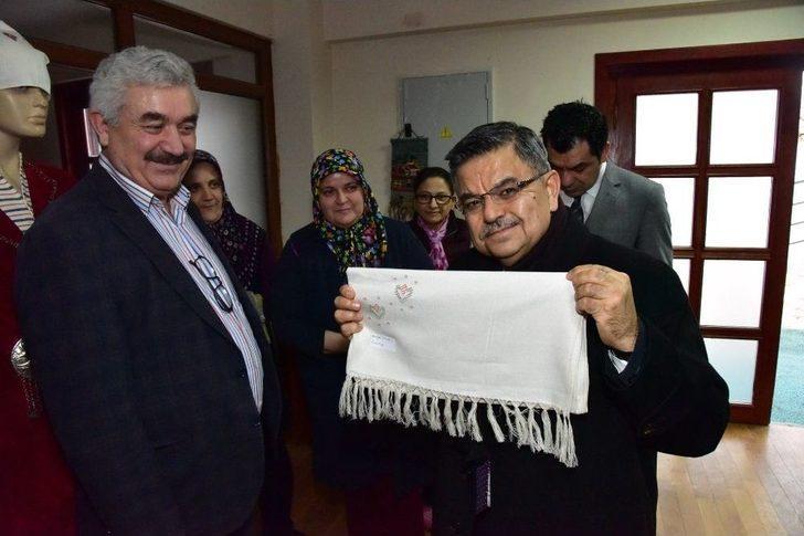 Başkan Yağcı'dan Osmanlı Kültür Ve El Sanatları Merkezine Ziyaret