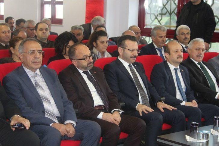 Vali Aksoy, Kartepeli Muhtarları Dinledi