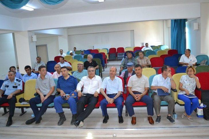 Şuhut'ta Muhtarlar Toplantısı Yapıldı