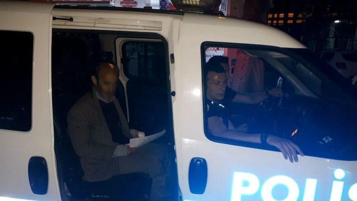 Yolunu Kaybeden Vatandaşların Yardımına Polis Koşuyor