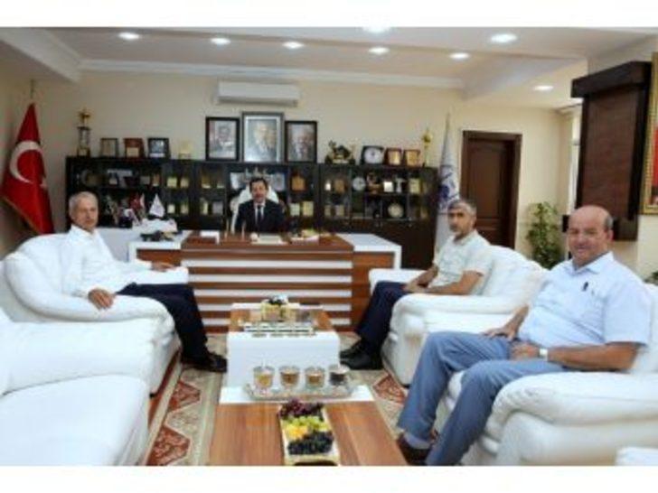 Vali Balkanlıoğlu'ndan Başkan Dişli'ye Ziyaret