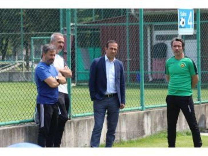 """(özel Haber) Adil Gevrek: """"transferde Görüştüğümüz Oyuncular Var"""""""