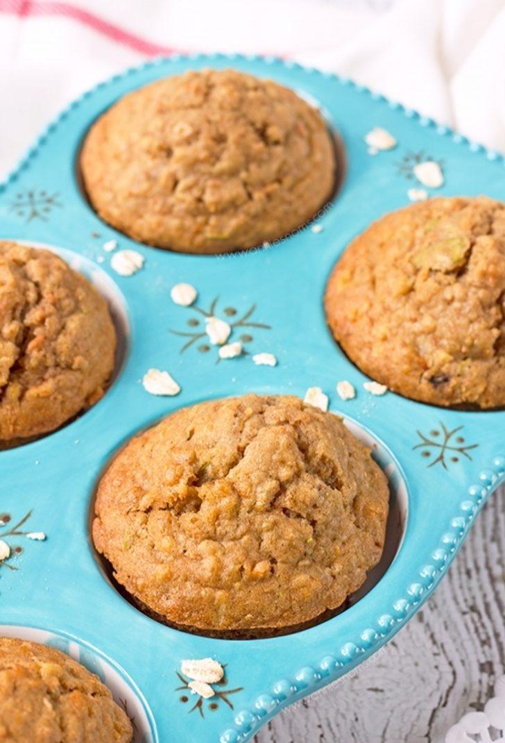 Havuçlu Elmalı Yulaflı Mini Kekler