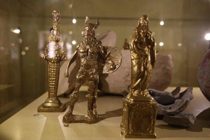 Sahte Tarihi Eserler Sergilenerek Vatandaş Uyarılıyor