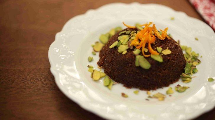 Çikolatalı irmik helvası tarifi (Videolu tarif)