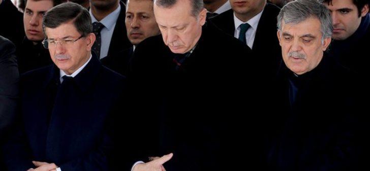 Can Ataklı'dan gündem yaratacak iddia: AK Parti, İstanbul'da Davutoğlu'nu aday gösterebilir