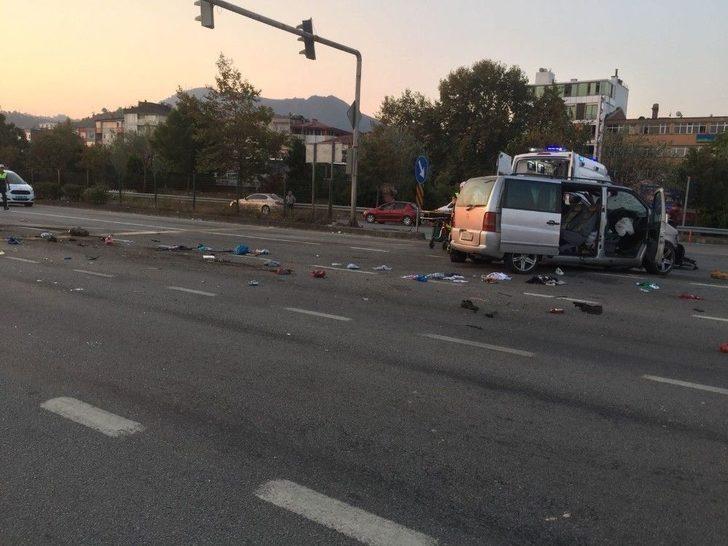 (özel) Karadeniz Sahil Yolu'nda Trafik Kazası: 2 Ölü, 6 Yaralı