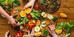 Sağlıklı bir yaşam için hangi beslenme şekli daha iyi?