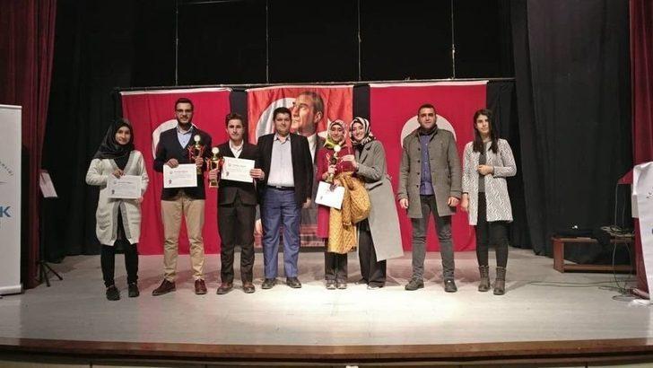 Bitlis Ahlatlı Gençlerden 16 Kategoride 7 Birincilik