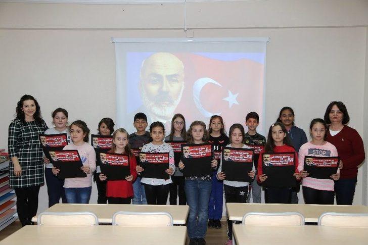Efeler Belediyesi Kültür Evleri'ndeki Çocuklar 12 Mart'ı Unutmadı