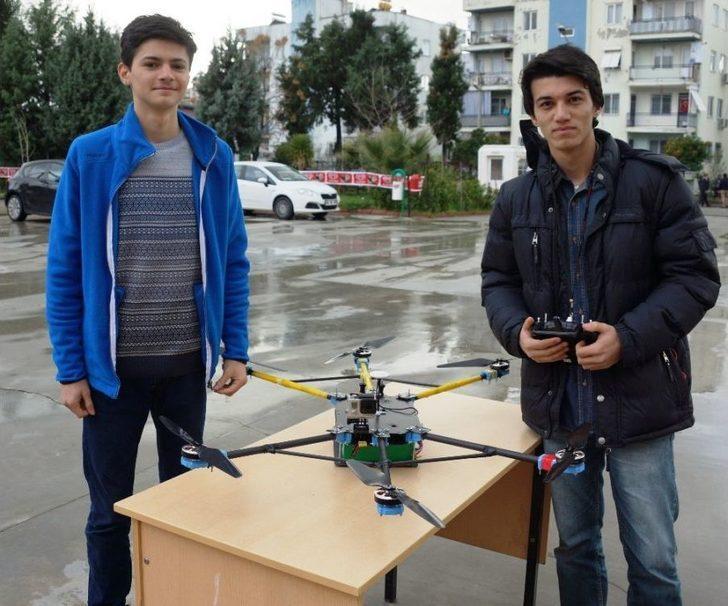 Genç Mucitler Kendi Drone'nunu Yaptı