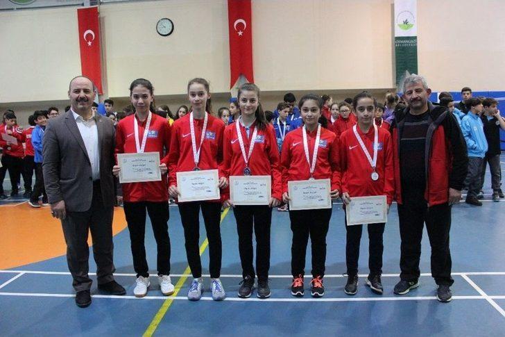 Osmangazi'de Badminton Heyecanı