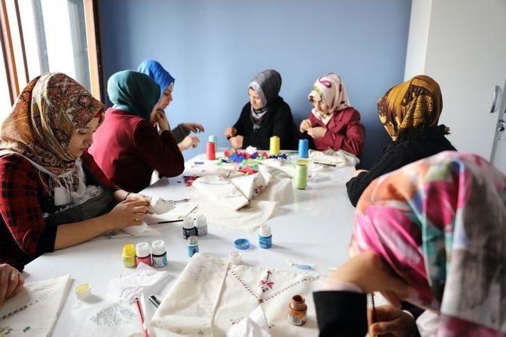 Mardin Belediyesinden 47 Bin Kişiye Kurs İmkanı