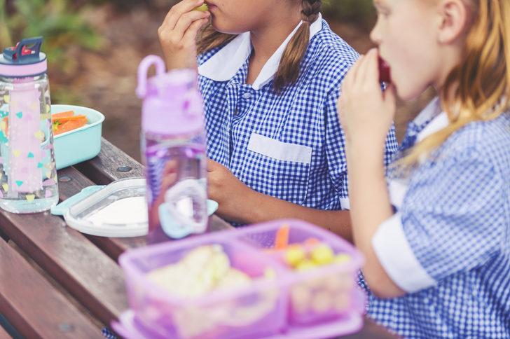 Miniklerin okul başarısı için 8 beslenme kuralı