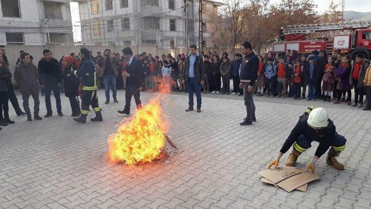 Gürpınar'da Yangın Tatbikatı