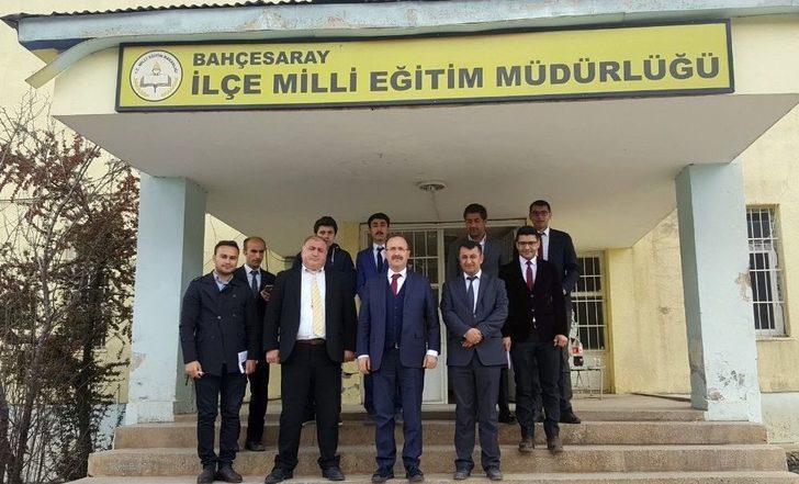Temel Eğitim Genel Müdürlüğü Daire Başkanı Eriş Van'da İlçeleri Ziyaret Etti