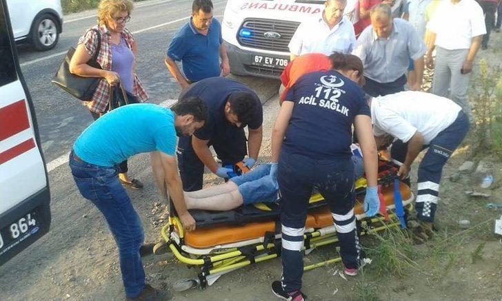 Kamyon İle Otomobil Kafa Kafaya Çarpıştı: 4 Yaralı