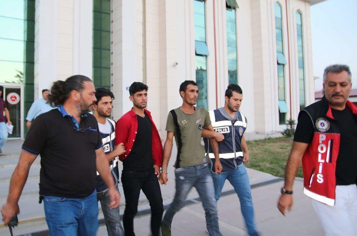Ankara'da Suriyeli Hüseyin'in cinayet şüphelileri teslim oldu (2)