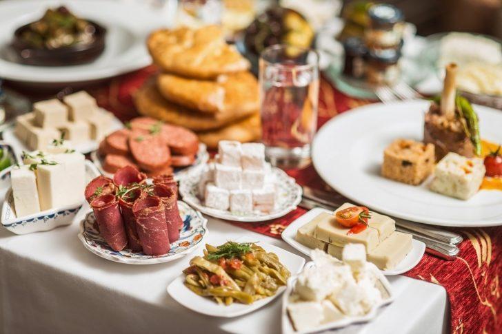 Osmanlı Saraylarında Ramazan'da Neler Yenirdi?