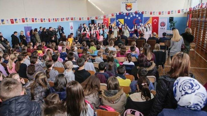 Tika Bosna Hersek'te Eğitime Desteğini Sürdürüyor