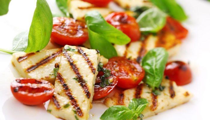 Her Mevsim Afiyetle Yiyebileceğiniz 10 Sağlıklı Salata Tarifi