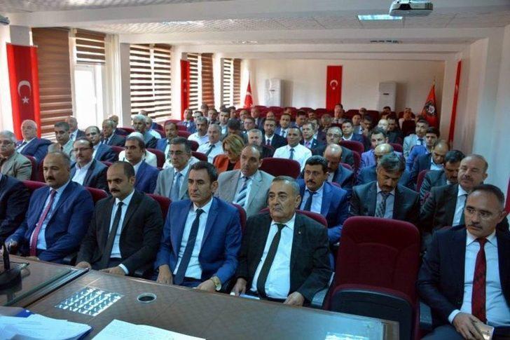 Okul Müdürleri İle Eğitim Masaya Yatırıldı