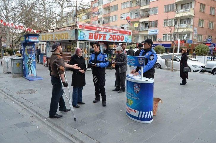Toplum Destekli Polisler, Telefon Dolandırıcılığı Konusunda Uyardı