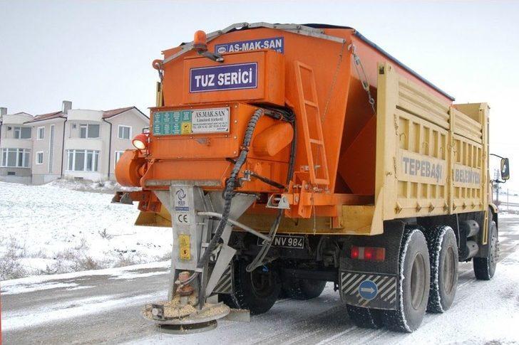 Tepebaşı Belediyesi Kar İle Mücadeleye Hazır
