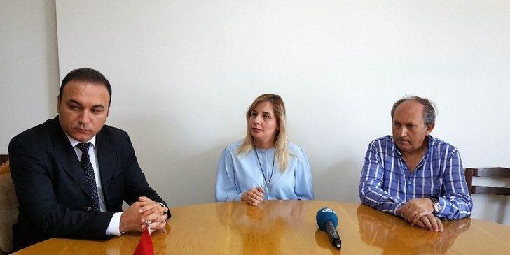 Türkiye'nin İlk Ve Tek Görme Engelli Diplomatı Ertürk: