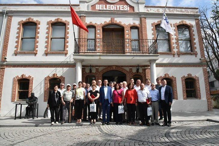 Başkan Sarıkurt Rejim Mağduru Göçmen Soydaşları Ağırladı