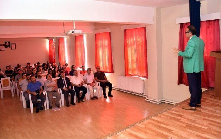 Öğretmenler İle Değerlendirme Toplantısı